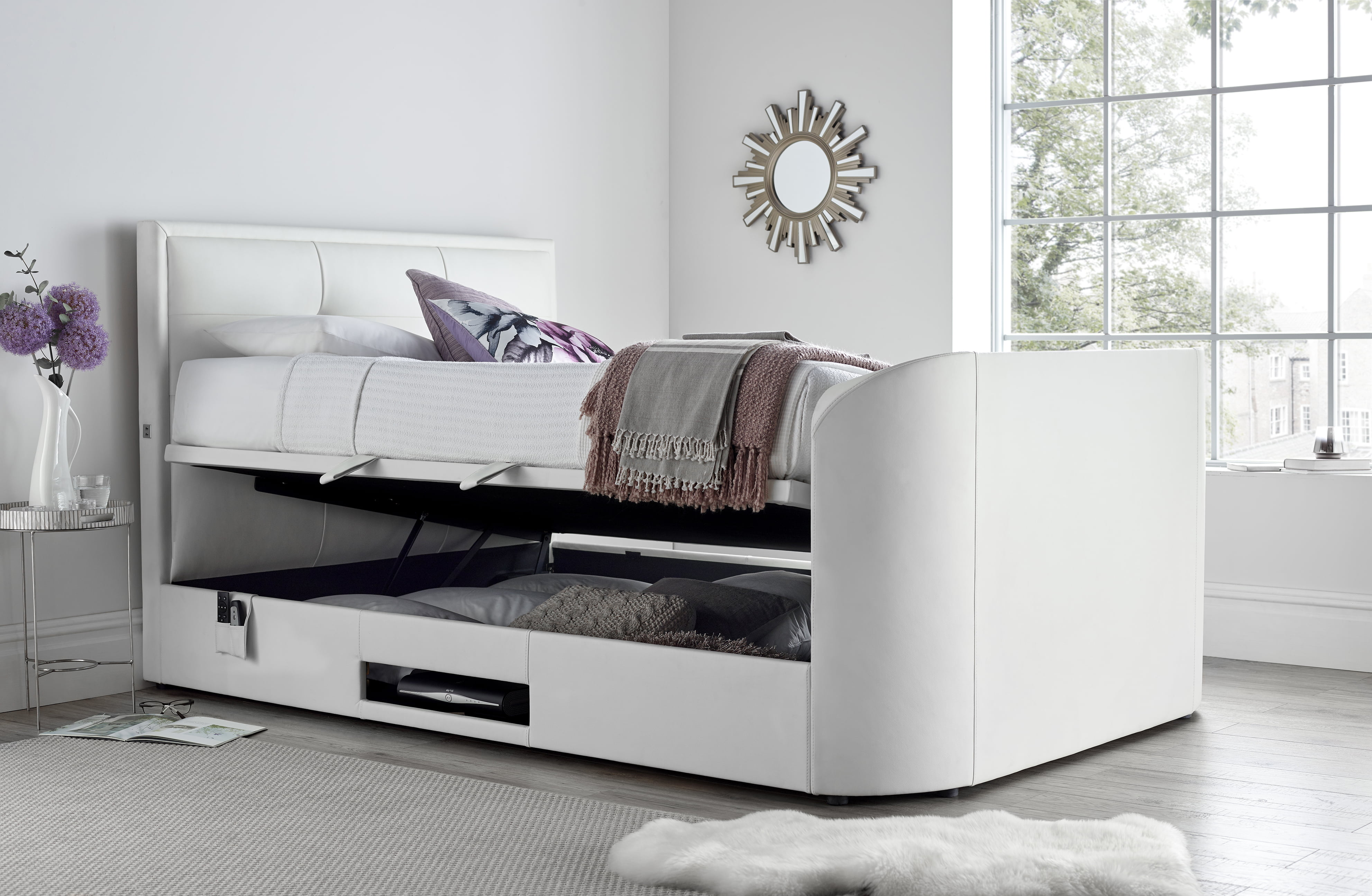 The Jetson Ottoman Media Super King Size Tv Bed 0